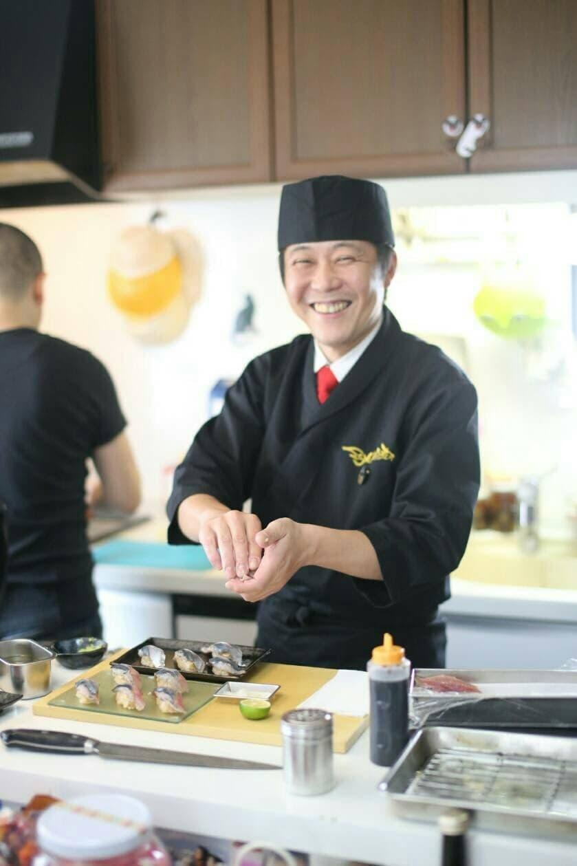 出張笑顔寿司 代表 宮本 けんこう