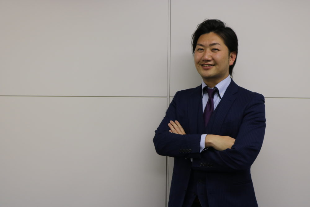 株式会社ストロングジャパンホールディングス 代表取締役 寺本 雄平
