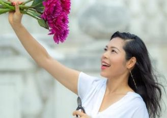 華道家・代表取締役|Sakura Mai株式会社 野邊愛子 -Aiko Nobe-